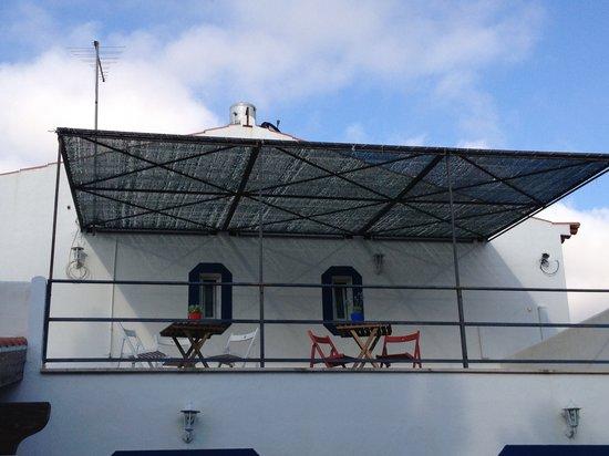 Aljezur Hostel: Terraço