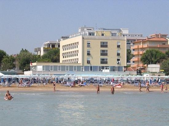 Spiaggia 129 riccione spiaggia 129 riccione yorumlar tripadvisor - Bagno 60 riccione ...