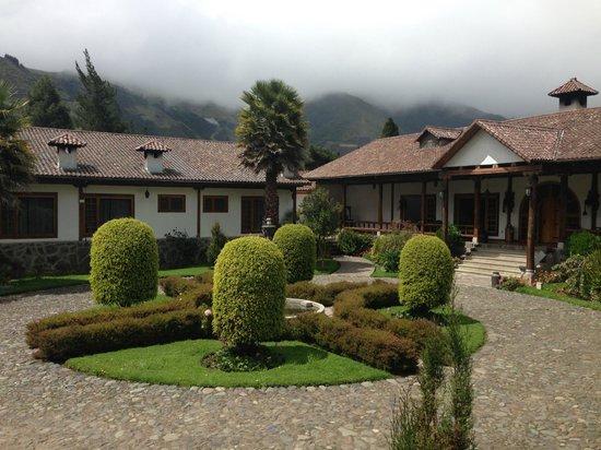 Hacienda Leito: Garden