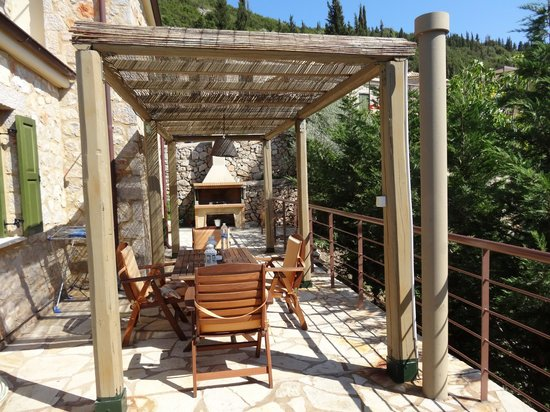 Asplathia Villas : garden