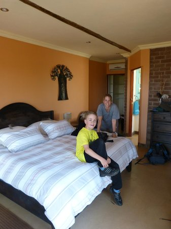 Marula Cottage Guest Lodge: Baobab Suite