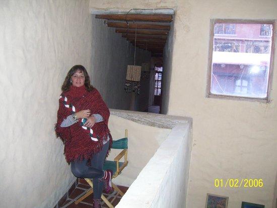 Antigua Tilcara B&B: Pasillo interno/habitaciones