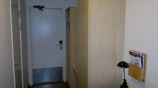 Hotel Laponia: Room detail 3