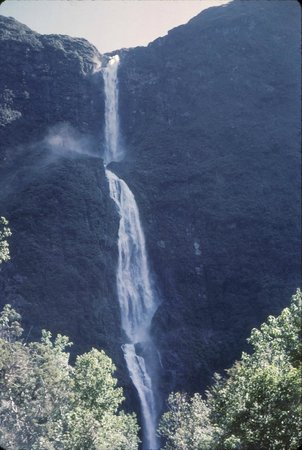 Milford Track: Sutherland Falls, eighth highest in the world @ 1904 feet.