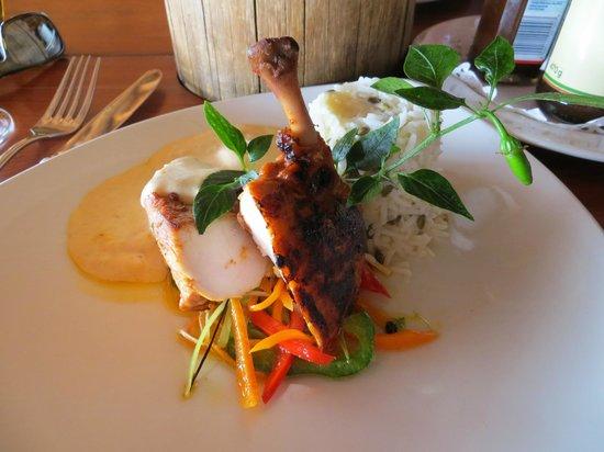 Victoria Falls Safari Club : first meal!
