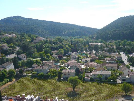 La Fête en Provence : A view from the balcony