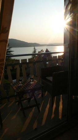 """Les Terrasses du Lac: Apéro terrasse """"Linaigrette"""""""