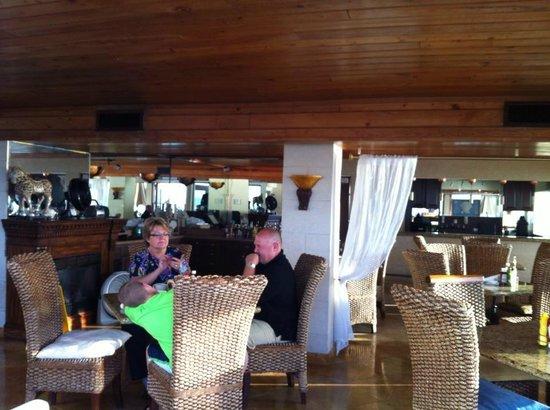 Palm Beach Oceanfront Inn: restaurant