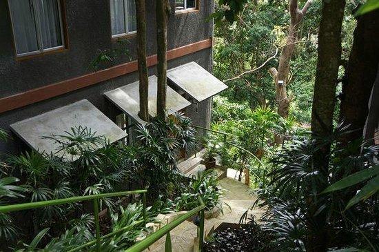Ambong Ambong: Entrée de notre chambre
