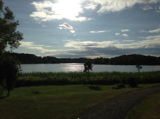 Yxtaholm Slott: Beautiful lake