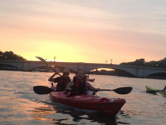 Kayaking London: Putney Pizza Paddle
