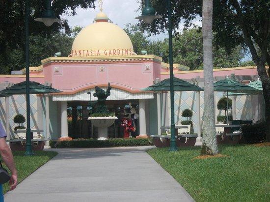 Fairways Picture Of Disney 39 S Fantasia Gardens Miniature Golf Course Kissimmee Tripadvisor
