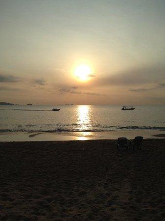 Sea Gypsy Village Resort & Dive Base: beautiful sunrise