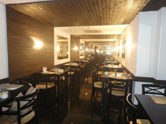 Royal Jardins Hotel: Sala do Café