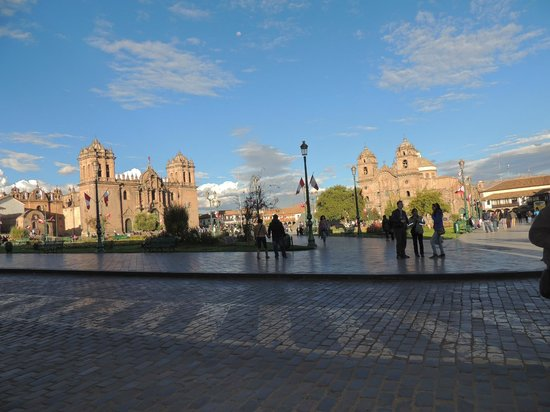 Cusco Plaza Nazarenas: Cusco Main Plaza/ Plaza de armas Cusco