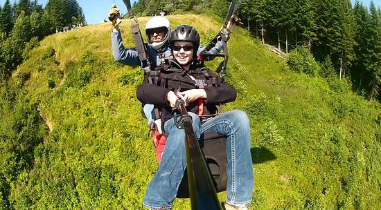 Parafly Paragliding : Tandem paragliding with Parafly