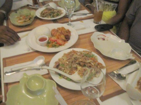 Thai Savanh': Great food!