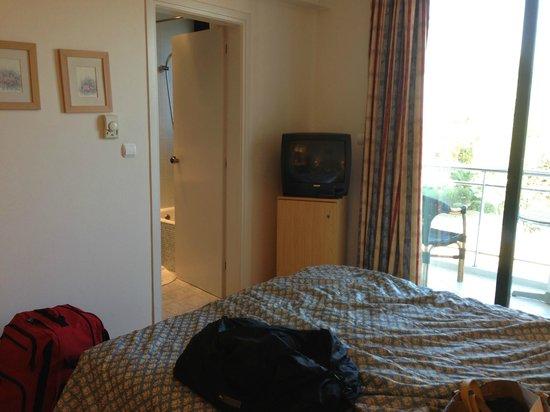 Glyfada Hotel: Room 205