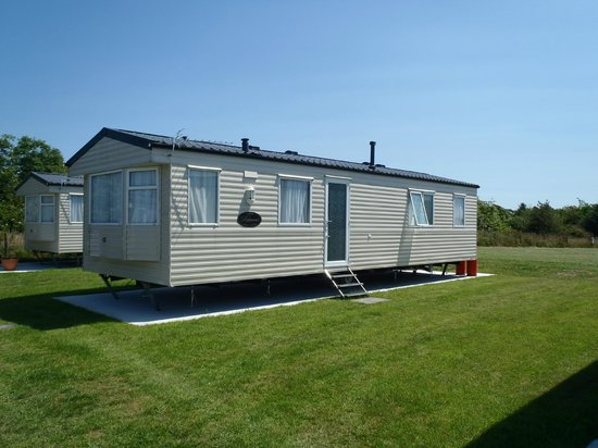Pentire Haven Holiday Park: Plenty of space and well laid out