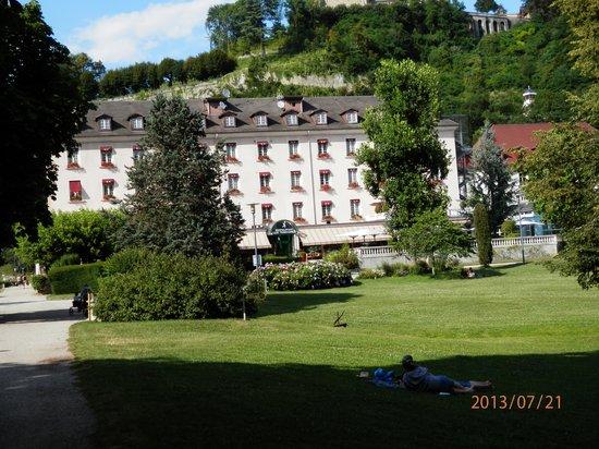 Grand Hotel et Spa Uriage: Hôtel et Parc