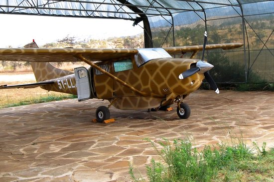 Campi ya Kanzi: Camp Airplane