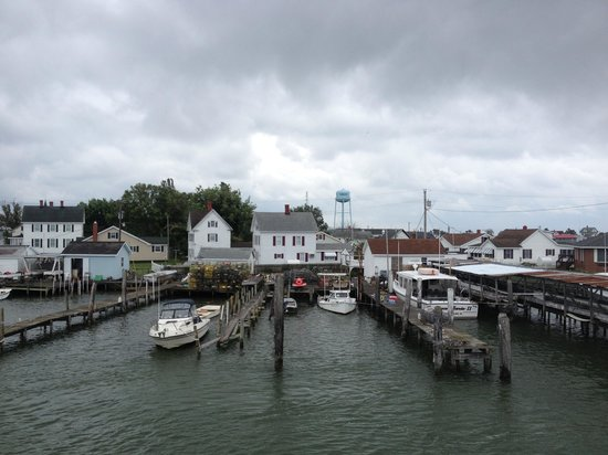 Tangier Island: The harbor