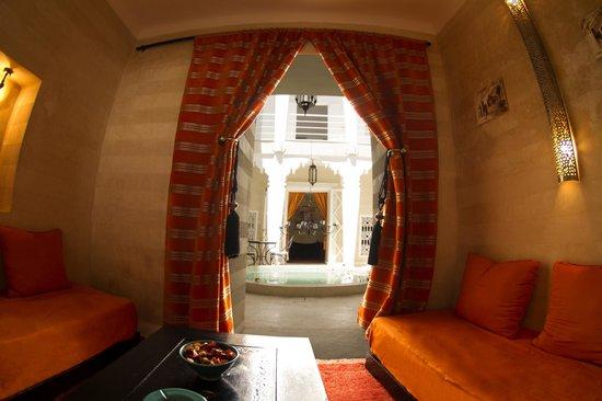 Riad Dar Thalge: Salon