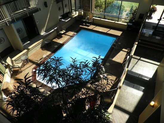 Doubletree by Hilton Hotel Denver Tech: Indoor pool