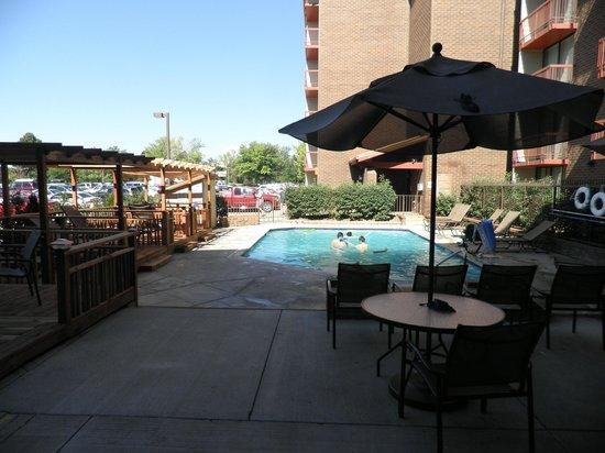 Doubletree by Hilton Hotel Denver Tech : Outdoor pool