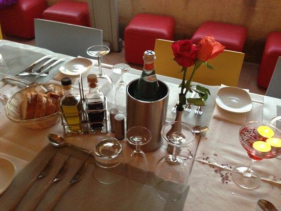 Dvenue : Beautiful wedding table