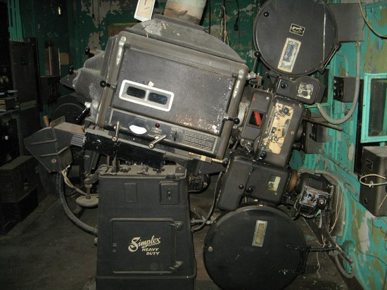 Capitol Theatre: Behind the scenes (old projector)