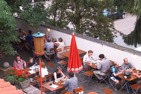 Brauereigaststätte Felsenkeller Hochstift