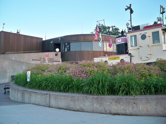 Lake Superior Maritime Visitor Center: Maritime Visitor Center