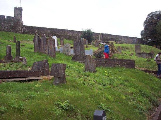 Collegiate Church Of St. Mary: Church cemetery