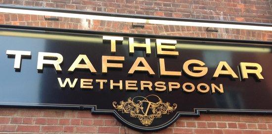 Lloyds No 1 - The Trafalgar: Entrance
