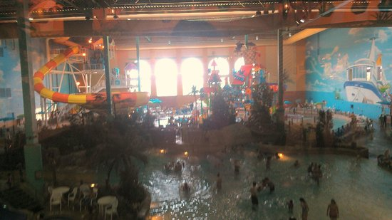 KeyLime Cove Indoor Waterpark Resort : Overview of the Waterpark Area