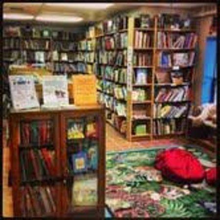 Midtown Scholar Bookstore: The Little Scholar