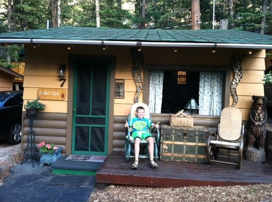 Pine Haven Resort: Cabin 7