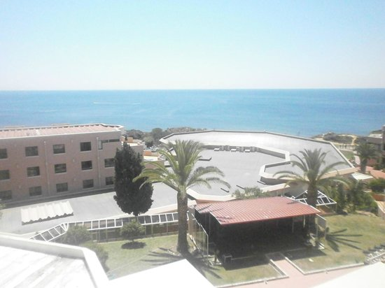 Auramar Beach Resort: View from our Balcony