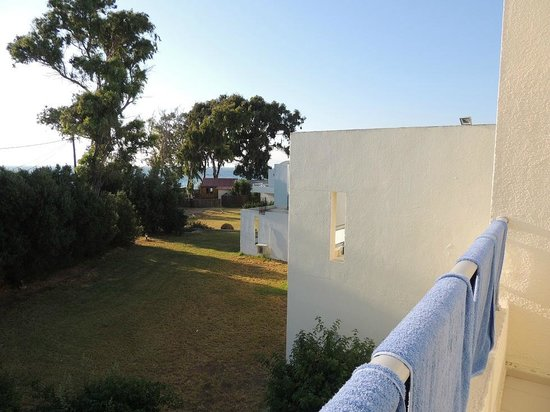 Avra Beach Resort Hotel - Bungalows: A seaside view from our room