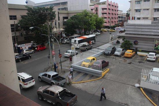 Hotel Benidorm: Street view 1
