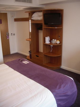 Premier Inn Ramsgate (Manston Airport) Hotel: Room details