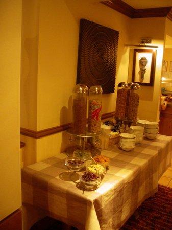 Premier Inn Ramsgate (Manston Airport) Hotel: Breakfast details