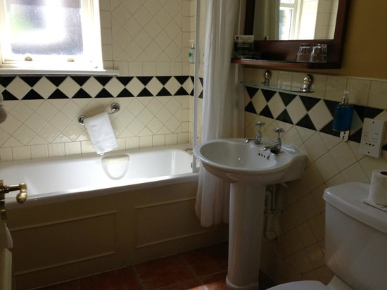 Waterloo House: Bathroom