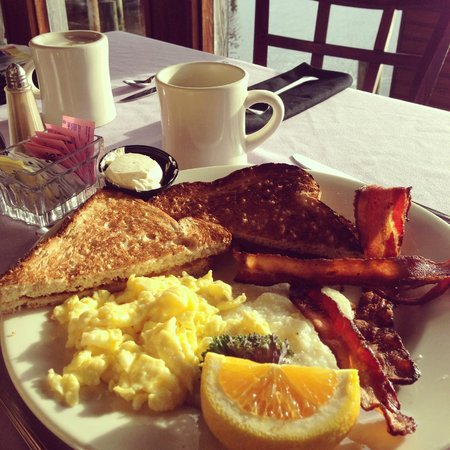 Caroline's Dining on the River: All American Breakfast