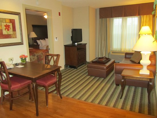 Homewood Suites by Hilton Dover : Main room in suite (from the door)