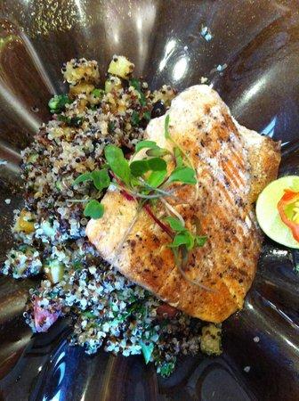 Greens Organic: prato de peixe