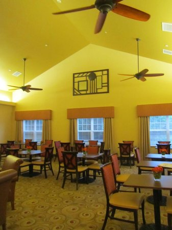 Homewood Suites by Hilton Dover: Breakfast dining room