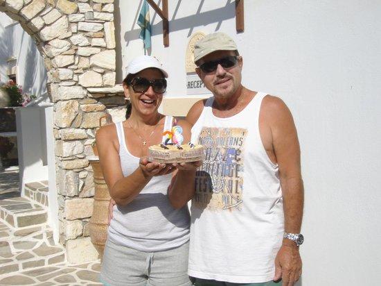 Sunset Studios & Apartments: Maria & Michalis
