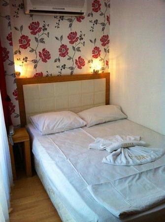 Gulhane Corner Hotel: room